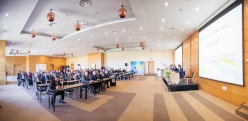 Foto 1 - general conferinta